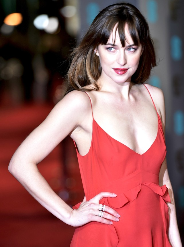 dakota-johnson-y-chris-martin-se-quieren